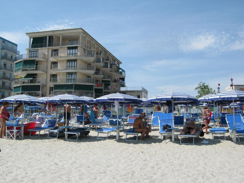 Agenzia il sagano offre in affitto o vendita case vacanza for Case in affitto arredate